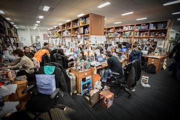 crunchyroll company profile office locations jobs key people